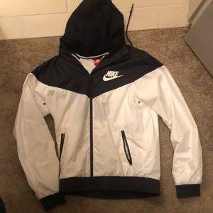 Nike black and white rain jacket/ wind breaker